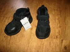 NEW M&S BOYS  BOOTS SIZE 6 INFANT - FLASHING LIGHT RRP £28