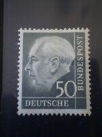 1954 PRESIDENT HEUSS 50PF SLATE-BLACK / SG1115 / LMM