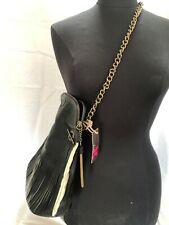 Mujer Bolso Negro Cuero Flecos de diseño con cadena de eslabones correa para el Hombro