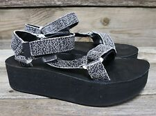 TEVA Womens Original Flatform Universal Crackle Black Platform Sandals US 7 NEW!