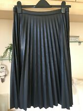 Oasis Faux Leather Black Pleated Skirt - Size 10