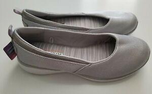 SKECHERS Women's Gray Shoes Size 10 US Memory Foam Comfort Slip-On NEW