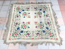 châle ancien en Soie gorgeous Manila Silk Shawl Chinese embroidered Piano Shawl