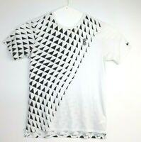 The Nike Tee Men's White Dri Fit T-Shirt Size L