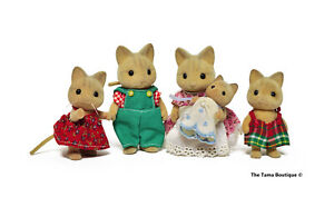Sylvanian Families Calico Critters Catwood Cat Family