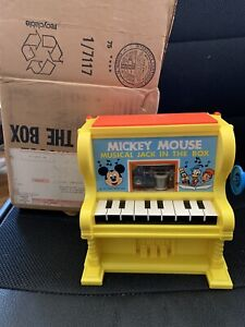 vintage 1973 Kohner Disney's Mickey Mouse Musical Piano Jack in the Box Toy