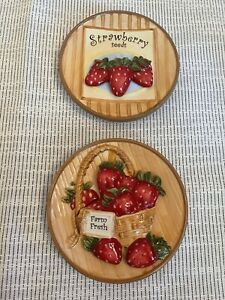 "MWW Market BERRY DELIGHT 4.5"" Mini Plate Strawberry Dimensional Set Of 2 EUC"