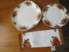 ROYAL ALBERT OLD COUNTRY ROSES CAKE PLATE/DESSERT PLATE/PLACEMAT UNUSED EXCELLE