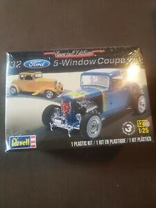 Revell '32 Ford 5 Window Coupe 2 'n 1  Plastic Model Kit SEALED 1932 Hot Rod