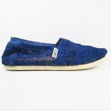 TOMS Classics Crochet Slip-on Shoes In Blue Size 5.5W (Youth)