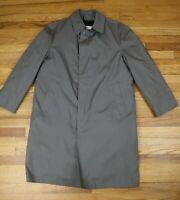 MEN'S GRAY KHAKI VINTAGE TRENCH COAT - LONDON FOG - SIZE 44R - REMOVABLE LINING