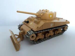 Solido 1/50, char Sherman M4A3 désert avec pelle, USA WW2 - excellent état