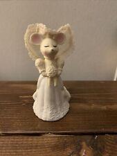 New ListingAvon Vintage Bottles Church Mouse Bride Delicate Daisies Cologne