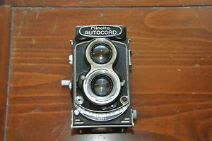 AWESOME MINOLTA  Autocord  Camera with 1:3.5 f=75mm Chiyoko Rokkor