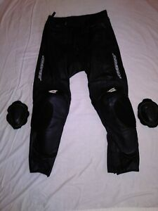 AGV SPORT WILLOW (perf) LEATHER PANTS  size (30 /32)
