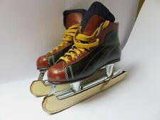 Ancienne paire de patin a glace R. Oarrion H 150 Made in France VINTAGE déco