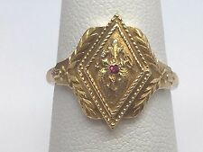 10K YELLOW GOLD GREEK LEAF VINTAGE RUBY RING