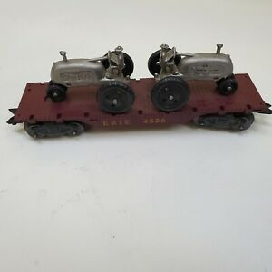 MARX Erie 4528 Flat Car with Gray Tractors HTF Great Shape.   .99 NO RESERVE!