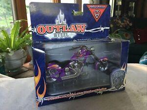 ToyZone Arlen Ness Outlaw Steel Iron Legends Motorcycle 1:18 Scale NIB Chopper