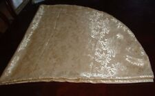 Pretty Gold 60 inch Polyester tablecloth