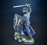 handbemalte zinnfiguren eines mittelalterlichen Ritters. Toy Soldier. model 1/32