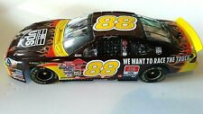 DALE JARRETT #88 UPS/RACE THE TRUCK 2001 TAURUS ACTION NASCAR-1:24-ORIGINAL BOX