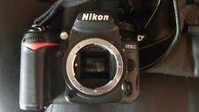 NIKON D7000 Fotocamera con caricabatterie, tappo e batteria