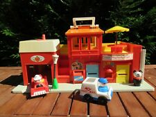 👿 Ancien Jouet Fisher Price Play Family Village Vintage Réf: 997