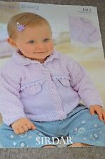 """Sirdar Knitting Pattern 1613 Snuggly Bubbly Baby Sweater 16-26"""""""