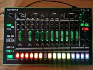 Roland Tr-8 TR8 Rhythm Performer mit 7x7 Erweiterung und OVP