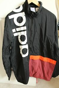 NEW ADIDAS MENS JUMPER TRACKSUIT TOP  RUNNING OUTDOOR  SIZE M