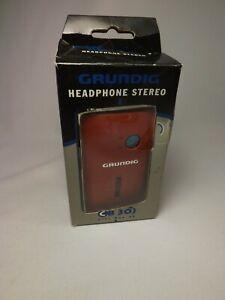 Vintage GRUNDIG MW / FM RED Pocket Radio CB 30 Portable City Boy