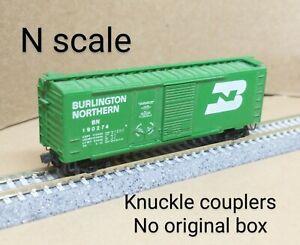 Burlington Northern BN 40' box car N scale Micro Trains MTL green combo door RR