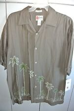 Hilo Hattie Mens Large  Palms & Embroidered Floral on Green Rayon/NWT