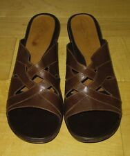 Clarks Womens Brown Leather Sandals 10 *Cute Must C*