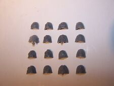 16 Space Marine Vanguard Veteran Shoulder Pads (bits auction)