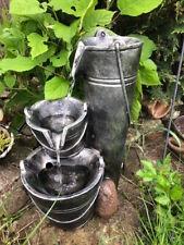 Kannen-Eimer-Wasserspiel Brunnen 44 cm silberfarben mit LED-Beleuchtung - NEU