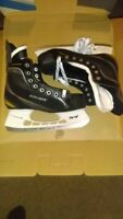 Youth Bauer Supreme One20 Ice Hockey Skates Tuuk Stainless Youth Size 4 R