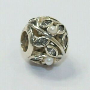 New Authentic Pandora Charm Luminous Leaves Bead Sterling Silver 791754CZ