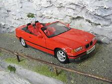 Maisto BMW 325i Convertible 1993 1:18 Red