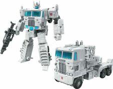 Transformers Generations War for Cybertron: Kingdom Leader WFC-K20 Ultra Magnus