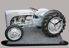 TRACTEUR MASSEY FERGUSON petit gris en horloge  miniature 02