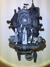 New ListingThe Munsters Bradford Exchange Cuckoo Clock Mint Condition Awesome Rare Find !