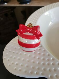 Nora Fleming Mini - A171 Deck The Halls red ornament MINT CONDITION
