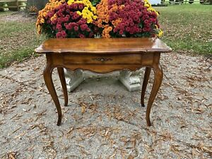 Ethan Allen Country French Console-Entry Table #26-9302
