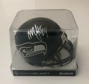 NFL Seahawks Football Marshawn Lynch Sign Mini Helmet Riddell NEW Brand NEW