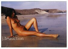 Nudism NUDE WOMAN RECLINING ON BEACH / NACKTE FRAU AM STRAND * 70s Amateur Photo