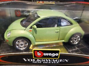 Bburago Burago 1/18 VW New Beetle In GREEN Volkswagen Code 3322. Made in Italy.
