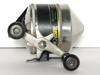VINTAGE ZEBCO OMEGA ONE SPINCAST FISHING REEL MADE IN USA