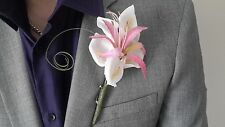 Gents Pink & White Buttonhole